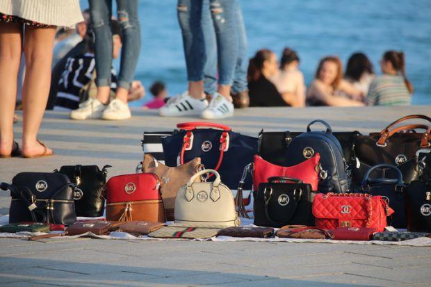 bags, mis-selling, fraud, fake
