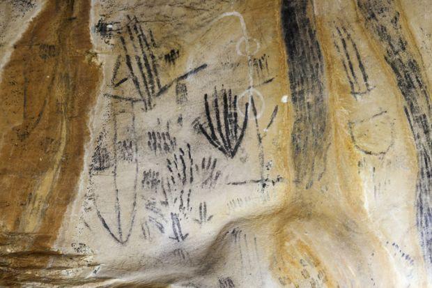 Aboriginal rock art Australia Flinders Ranges traditional knowledge indigenous