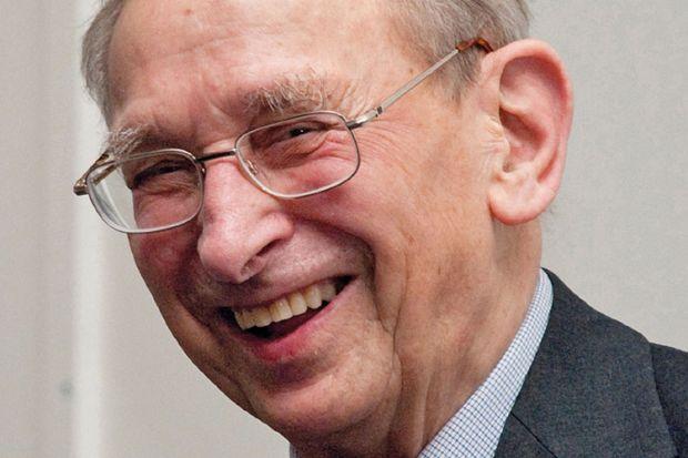Obituary: Geoffrey Lilley, 1919-2015