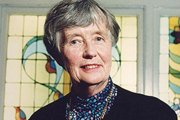Obituary: Leonie Kramer, 1924-2016
