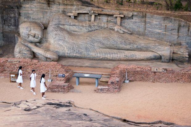 Reclining Buddha statue at Polonnaruwa