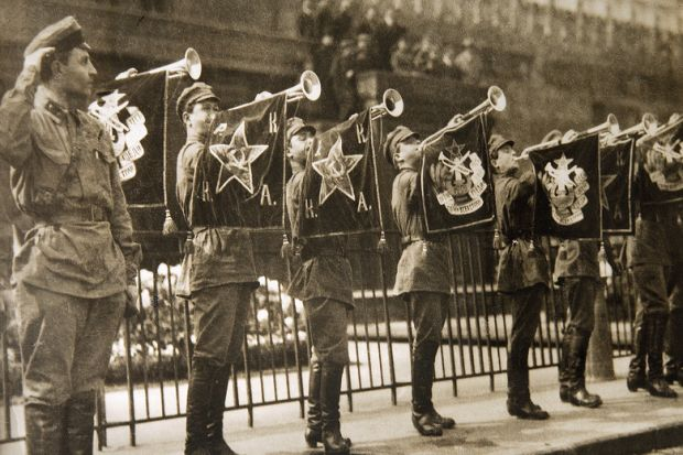 Soldiers performing fanfare, Red Square, Moscow, 1925