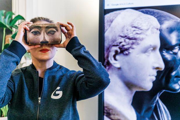 VR Nefertiti