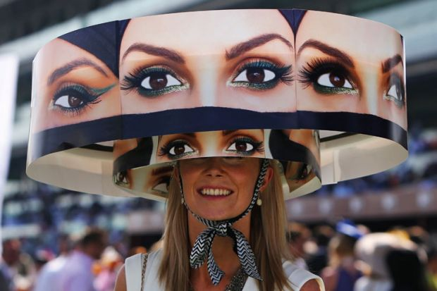 Woman wearing hat, Meydan Racecourse, Dubai World Cup